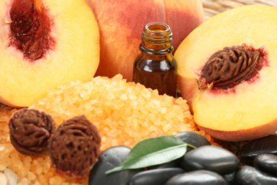 Персиковое масло для волос и кожи