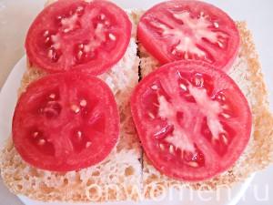 goryachie-buterbrody-s-pomidorami-i-ohotnichimi-kolbaskami2