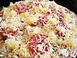 picca-s-kuricej-i-ananasami11