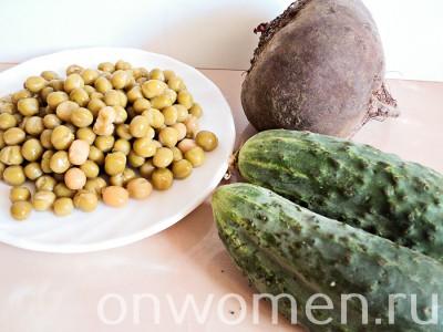 salat-iz-svekly-s-zelenym-goroshkom1