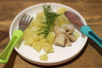Хек запеченный в духовке с картошкой