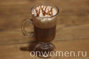 kofe-so-slivkami-i-karamelyu6