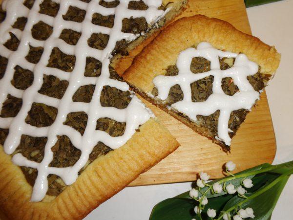 Пирог со щавелем из песочного теста