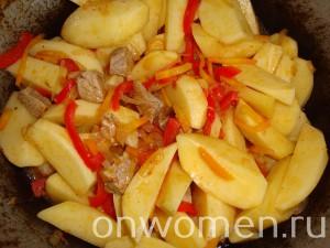 zharkoe-iz-svininy-s-kartofelem13