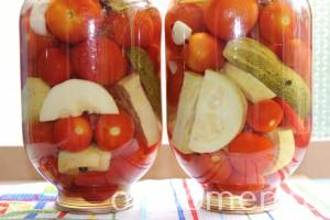 assorti-na-zimu-iz-ogurcov-i-pomidorov-i-perca-i-kabachkov5
