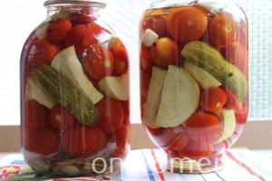 assorti-na-zimu-iz-ogurcov-i-pomidorov-i-perca-i-kabachkov6