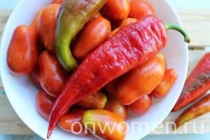 marinovannye-pomidory-s-bolgarskim-percem2