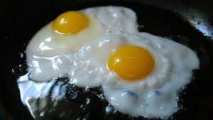 На каком масле жарить яичницу