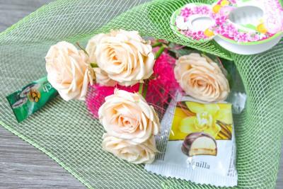 Цветочный букет для сотрудниц на чашечку кофе