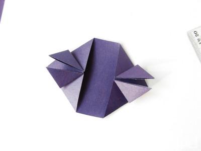 serdce-iz-bumagi-v-tehnike-origami11