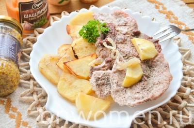 svinina-na-kartofelnoj-podushke-v-duhovke10