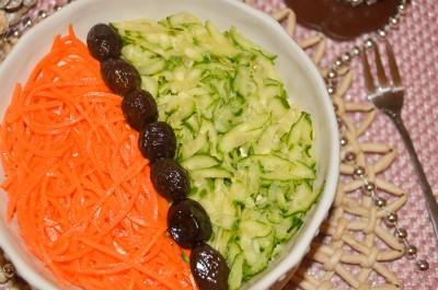 Слоеный салат с говядиной и овощами
