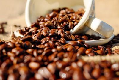 Как красить волосы кофе в домашних условиях: правила процедуры, рецепты смесей для разных оттенков