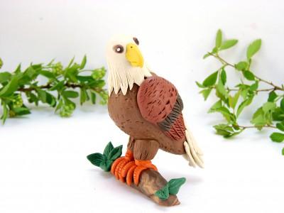 Орел из пластилина