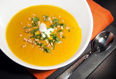 Тыквенный суп пюре на курином бульоне