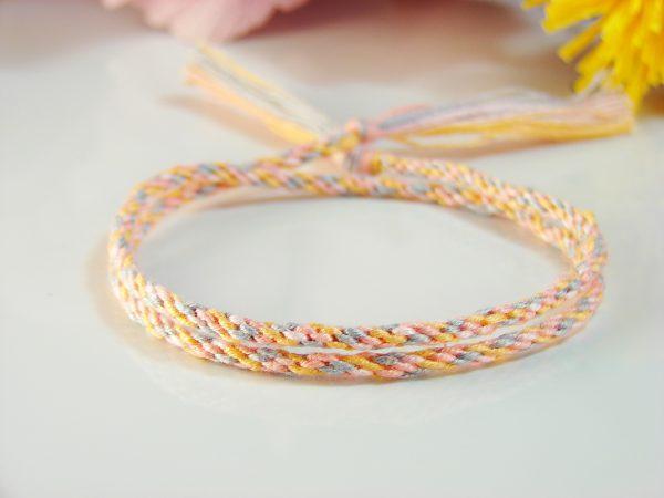 Круглое плетение фенечек
