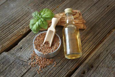 Льняное масло для волос: против выпадения и для интенсивного роста