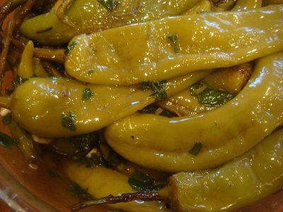 Маринованный горький перец по армянски