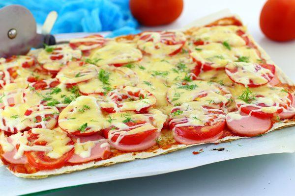 Пицца из лаваша в духовке