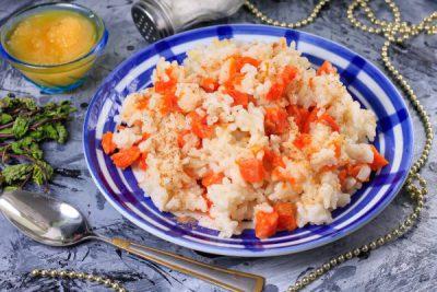 Рисовая каша с тыквой на молоке, приготовленная в мультиварке
