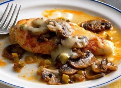 бедро с сыром и грибами в духовке