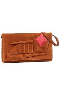 Такие сумочки в большинстве своем выполнены в коричневых и бежевых тонах