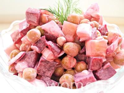 salat-iz-svekly-s-zelenym-goroshkom11