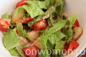 salat-so-struchkovoj-fasolyu-kuricej5