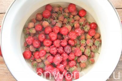 Как сварить компот из замороженных ягод: 4 рецепта полезные советы