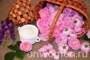 varene-iz-lepestkov-chajnoj-rozy-bez-varki1