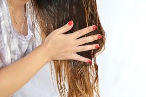 Маски для волос с репейным маслом и яйцом