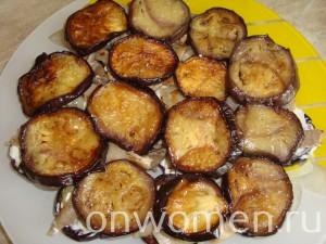 salat-s-baklazhanami-pomidorami-i-gribami13