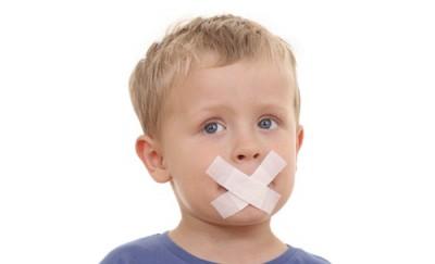 Ребенок ругается матом: причины, что делать