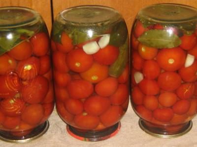 Как солить помидоры в банках: 8 рецептов соленых помидор на зиму