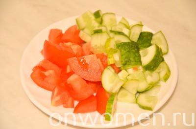 legkij-salat-s-vyalenoj-kuricej2
