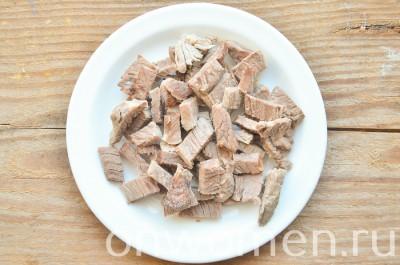 sloenyj-salat-s-govyadinoj-i-ovoshhami1