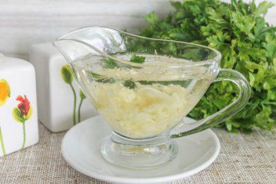 Чесночный соус: 5 рецептов, особенности приготовления