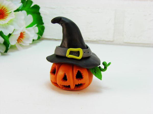 Тыква из пластилина на Хэллоуин